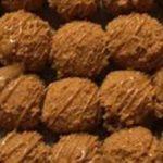 طريقة تحضير كرات اللوتس بالشوكولاتة