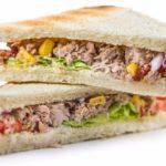 طريقة اعداد ساندويش تونا بالذرة