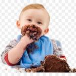 ماذا تطعمين طفلك في عمر 6 أشهر ومتى؟